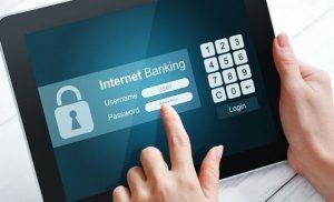 การใช้เทคโนโลยีในการธนาคาร